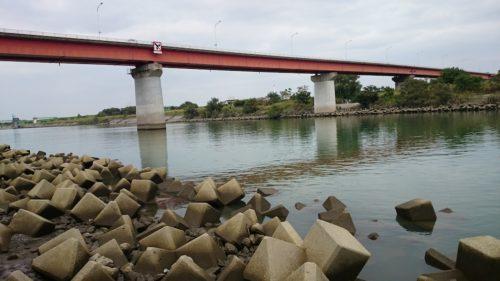 秋ヶ瀬橋下流側