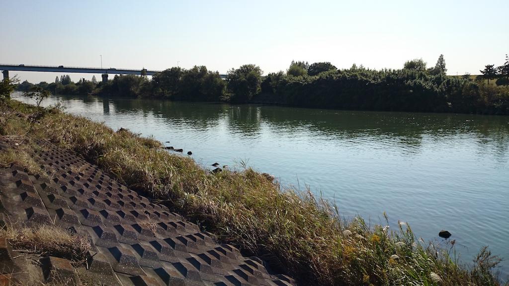 治水橋の上流側