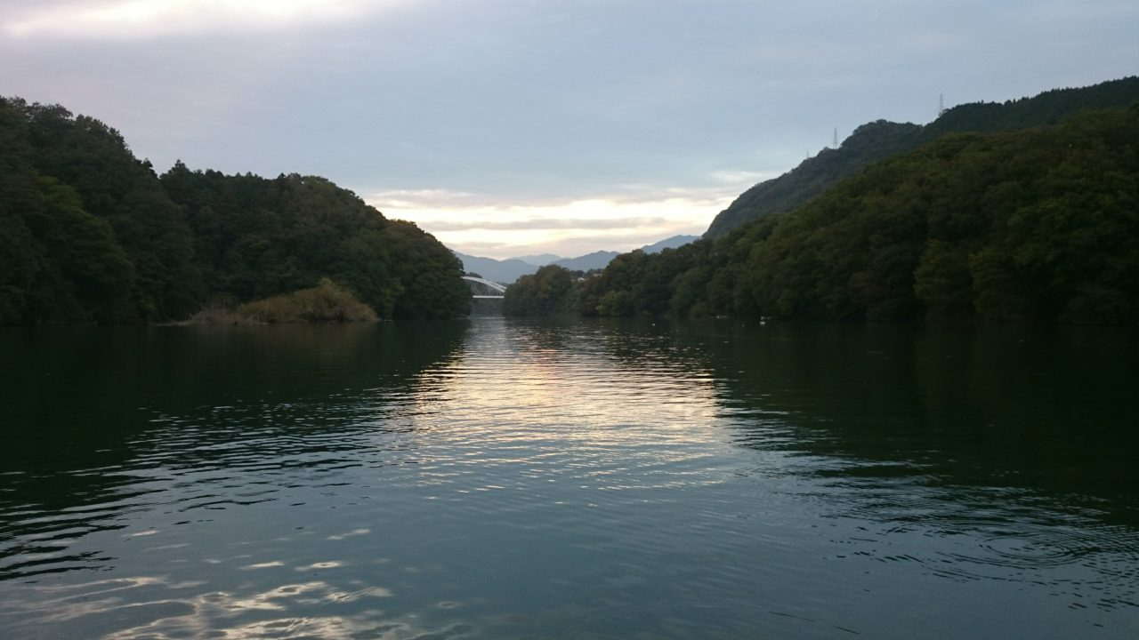 10月の相模湖・・・寒い!!!難しい!!!でもチェイスやバイトがあって楽しい!!!