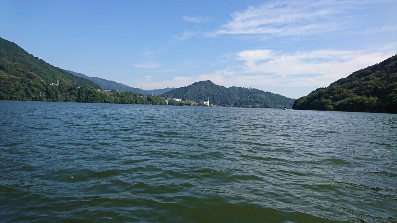 【魚探でワカサギ探しの日】相模湖にてブラックバスと温泉