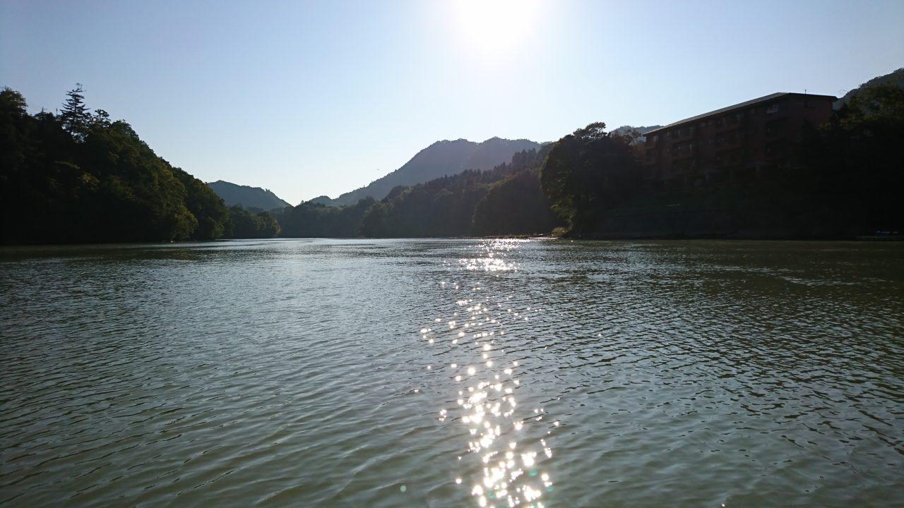 【秋?初冬?】不思議な気候が続く中、相模湖へ