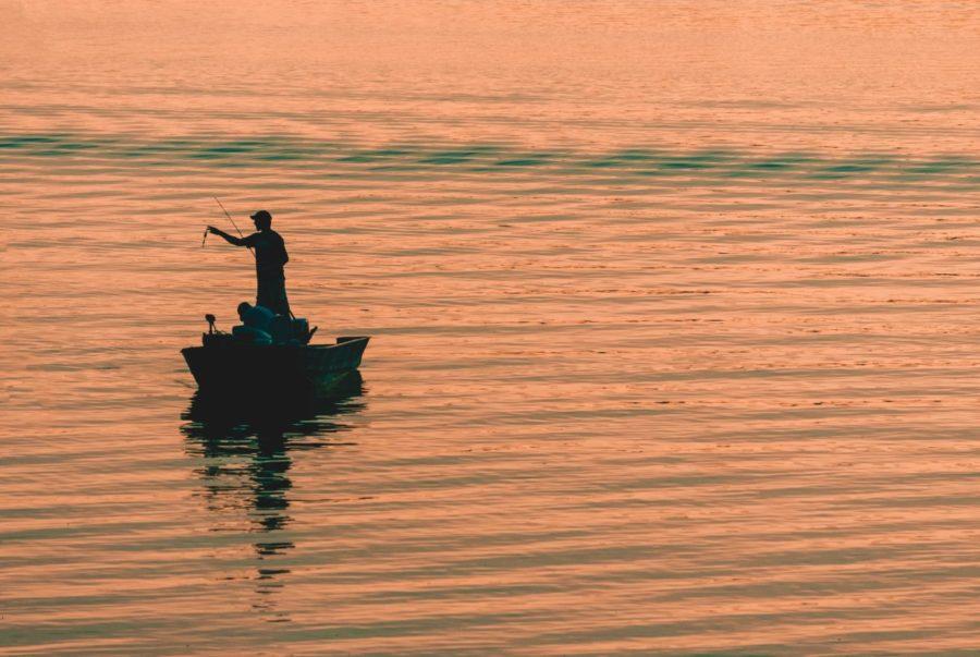 【ロッドの送料が・・・】釣具を買取してもらうのにおすすめの場所